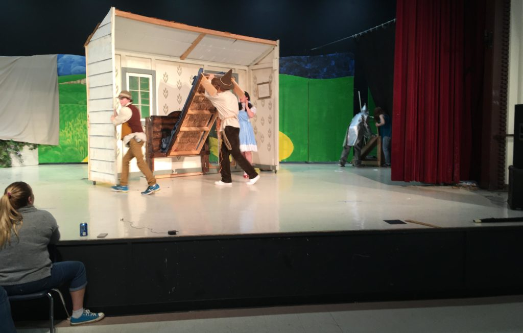 Set Design wizard of OZ