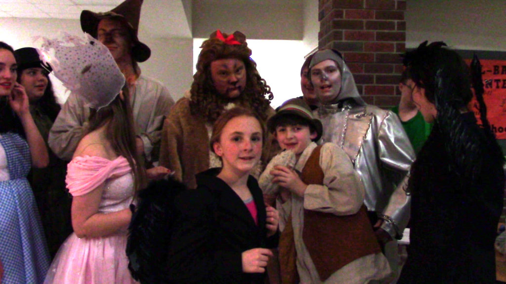 Lincoln City wizard of oz cast