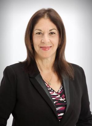 Dr.-Karen-Gray