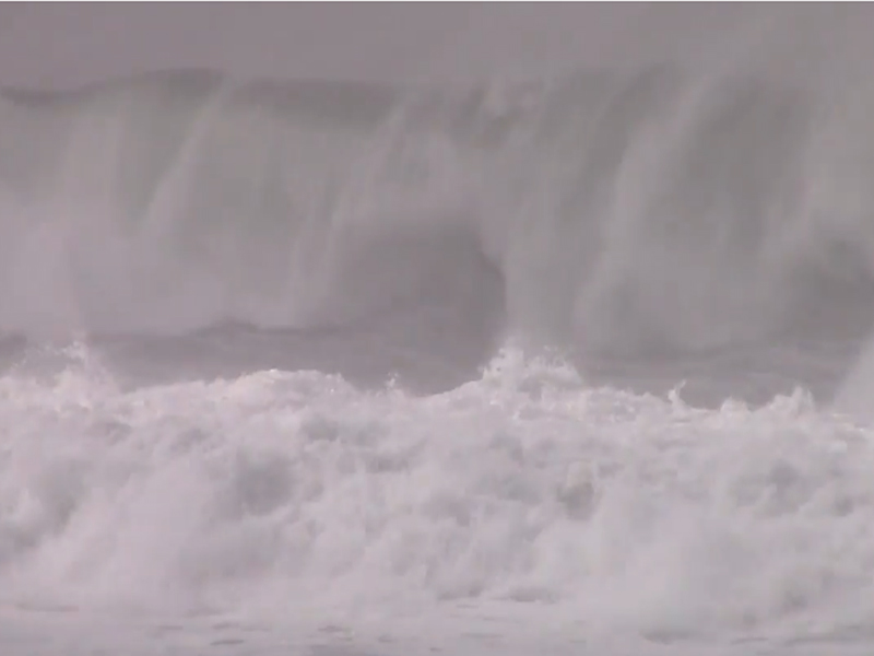 Lincoln City Storm Waves