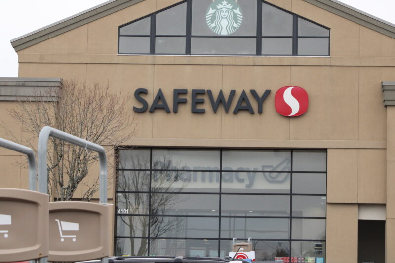 Safeway outbreak Lincoln City